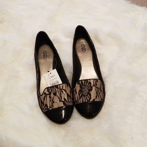 Brand new flat dress shoes size 8